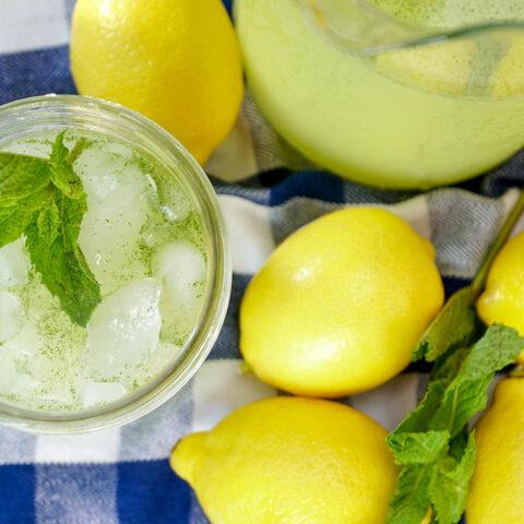 Refreshing mint lemonade