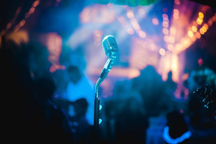 Karaoke Date - List of Fun Date Ideas