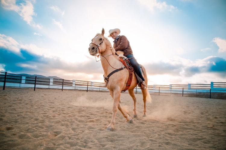 Rodeo Date Night - Huge list of date ideas