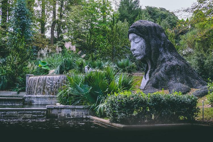 Sculpture Garden Date - Cheap Date Ideas