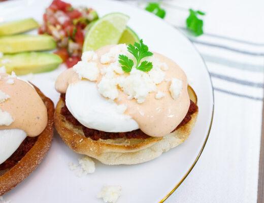 Huevos con Chorizo - Chorizo Eggs Benedict