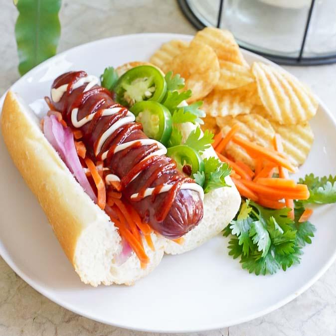 Bahn Mi Hot Dog